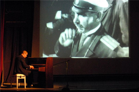 Chris Jarrett performs live to Eisenstein's classic silent movie (1925).